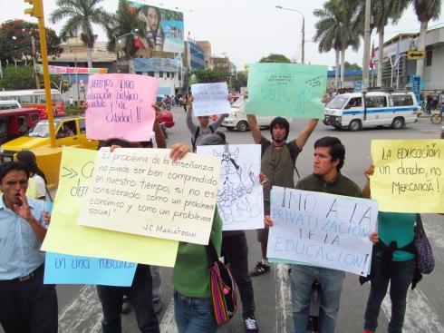 las protestas como muestra de la opinión publica