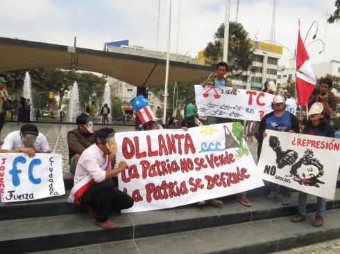 PRESENCIA DE LOS MOVIMIENTOS POLÍTICOS EN CONTRA DEL GOBIERNO